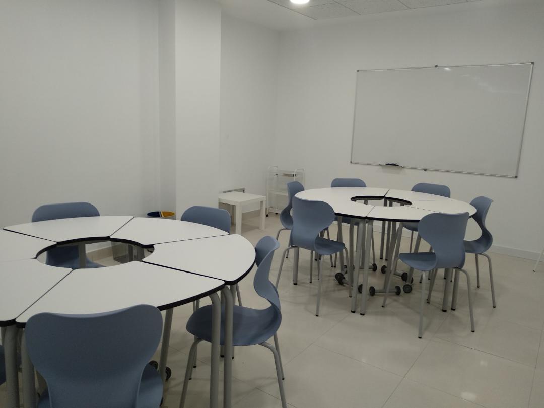 Cesión de espacios para reuniones, estudios, etc